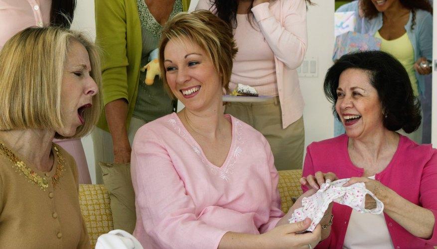 El centro de mesa más económico de un baby shower es aquel que sirve también como regalo.