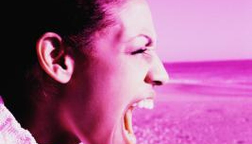 The best ways to lose your voice take at least a few hours to reach their full effect and require constant maintenance.