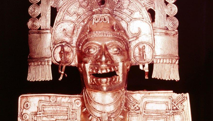 Mictlantecuhtli, god of the underworld, portrayed by an Aztec artist.
