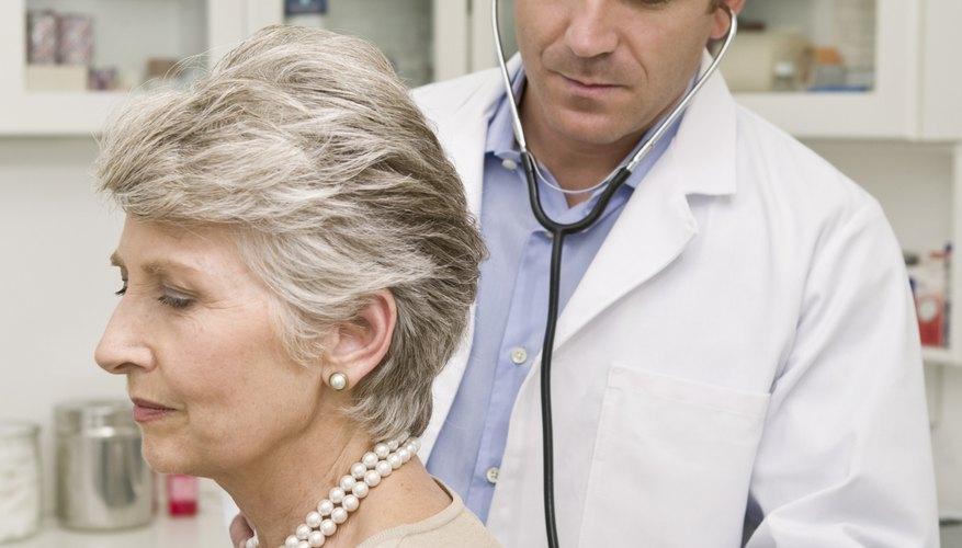 Los beneficios médicos atraen a buenos empleados.