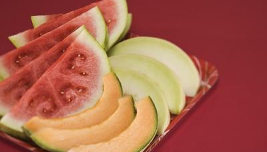 Sliced cantaloupes should be refrigerated.