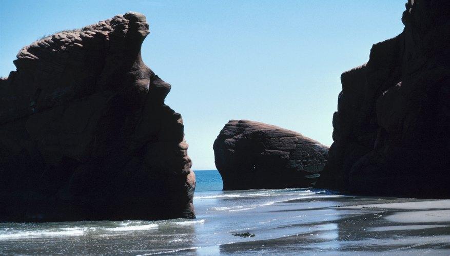 Larger stones were also described as mountains.