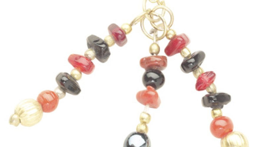 make your jewlery with bright beads