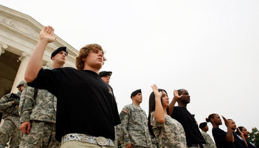 Army enlistees recite the military's Oath of Enlistment in front of the Jefferson Memorial.