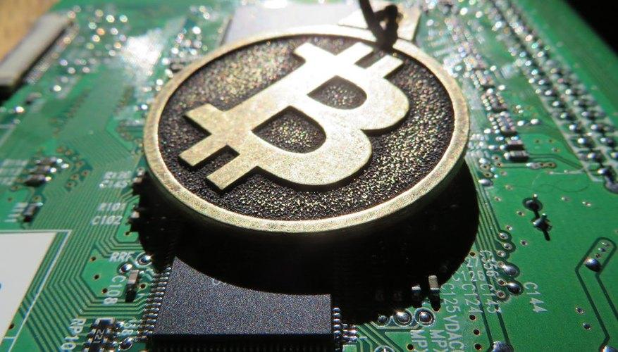 Lo primero que debes hacer es crear una billetera virtual para almacenar tus bitcoins.
