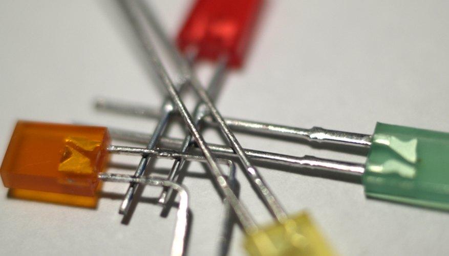 Diseña tu propio tablero de circuitos LED.
