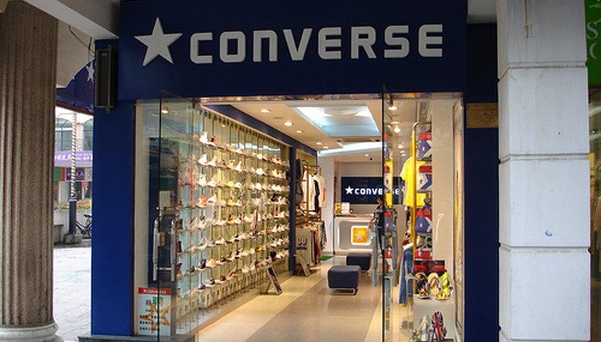 Tu marca de calzado necesita traer algo nuevo a este mercado competitivo, con el fin de alcanzar el nivel de Nike o Adidas en el futuro.