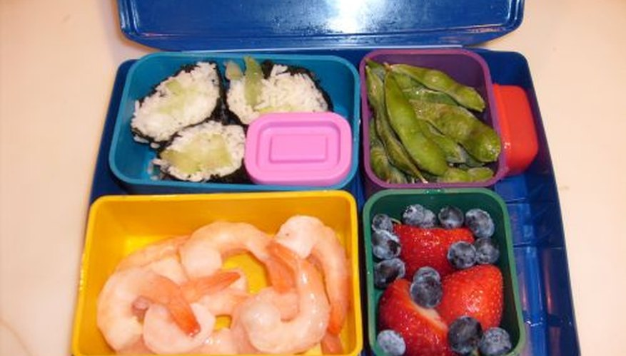 You can eat healthy boxed lunches with raw food diets
