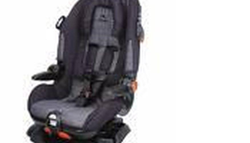 Instala de forma adecuada un sillón infantil Cosco.