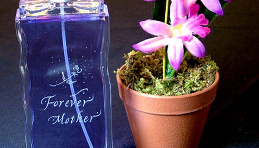 Puedes grabar tu propio material de vidrio personalizado en tu hogar.