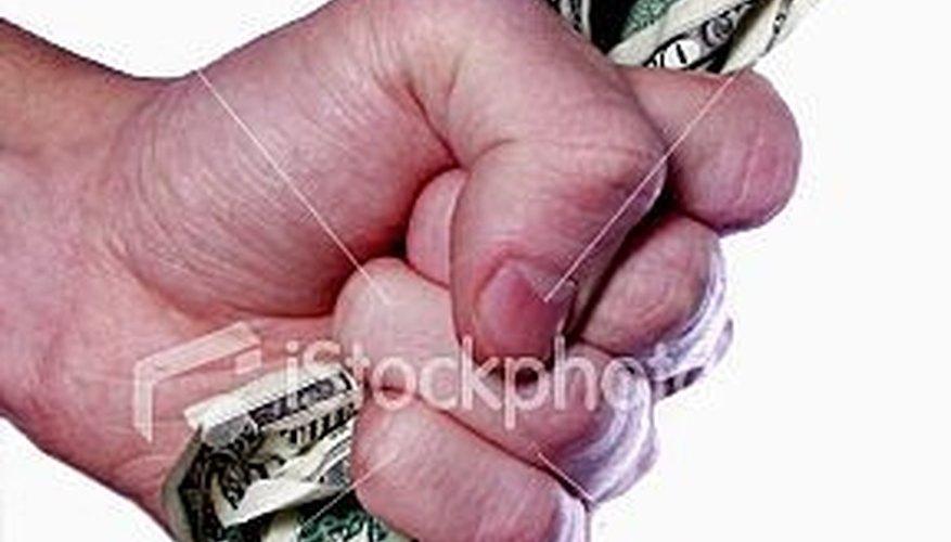 Cobrar los pagos atrasados de los clientes.