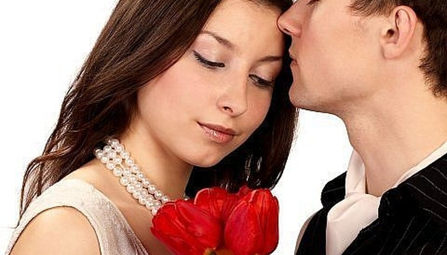 How to Be Romantic On A Date | Dating Tips