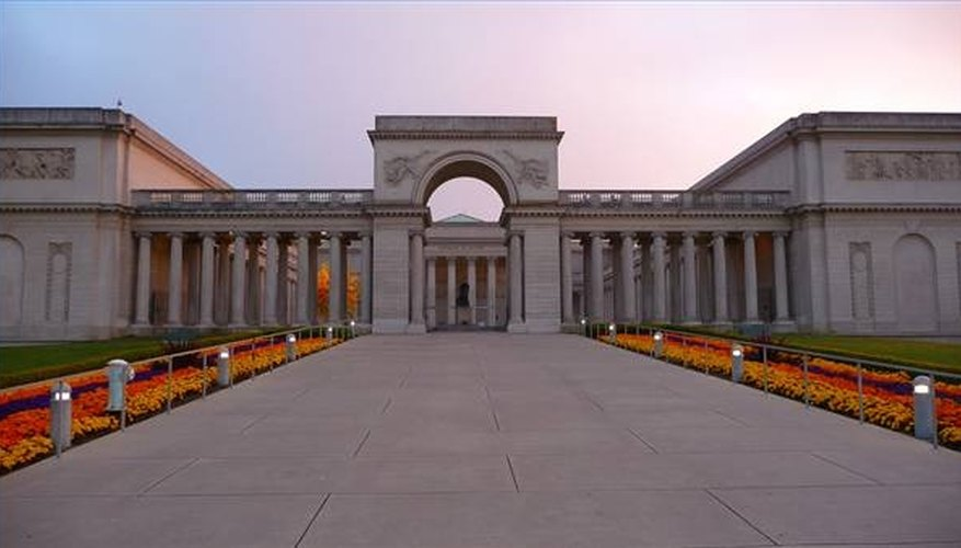 Main entrance to the Legion of Honor