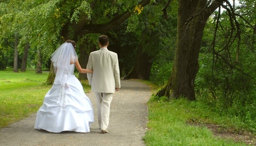 A public park is an inexpensive wedding location.