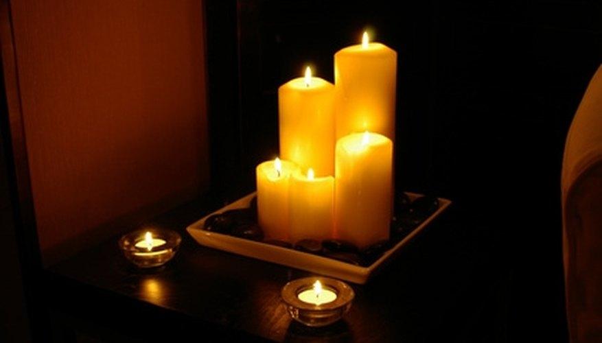 Plan a candlelight dinner.