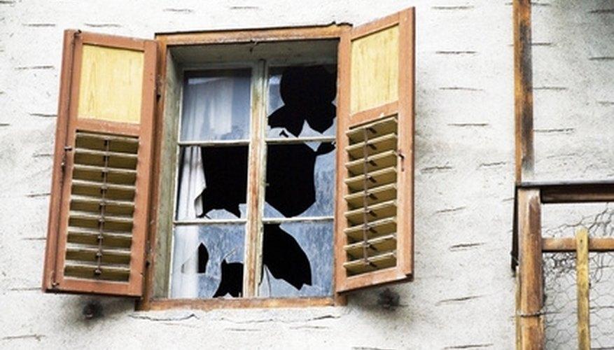 Las casas en ejecución hipotecaria deben limpiarse antes de que puedan venderse.