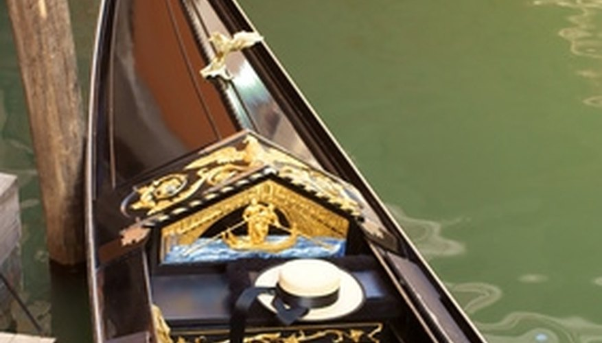 Romantic gondola rides are available in Boston.
