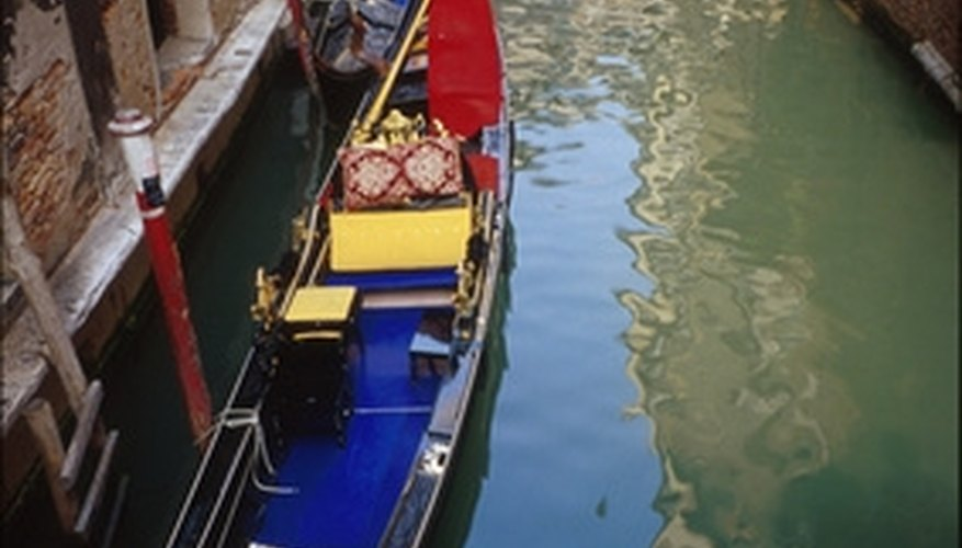 Take a romantic ride on a Venetian gondola.