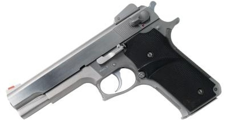 How to Disassemble a Beretta 92FS