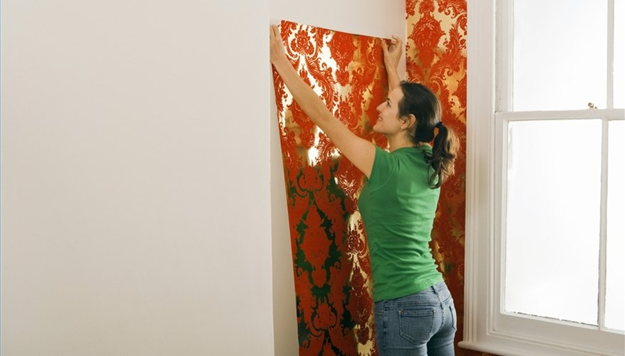 How To Apply Water To Prepasted Wallpaper Our Pastimes