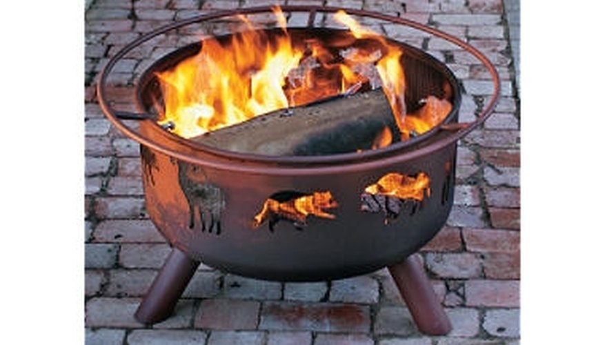 Rustic fire pit from Cabelas   http://www.cabelas.com/cabelas/en/templates/product/standard-item.jsp?id=0031860516660a&navCount=0&podId=0031860&parentId=cat570006&masterpathid=&navAction=jump&cmCat=null-cat570006_TGP&catalogCode=IJ&rid=&parentType=index&indexId=cat570006&cmCat=netcon&cm_ven=netcon&cm_cat=Google&cm_pla=cabelas%20fire%20pit&cm_ite=netcon