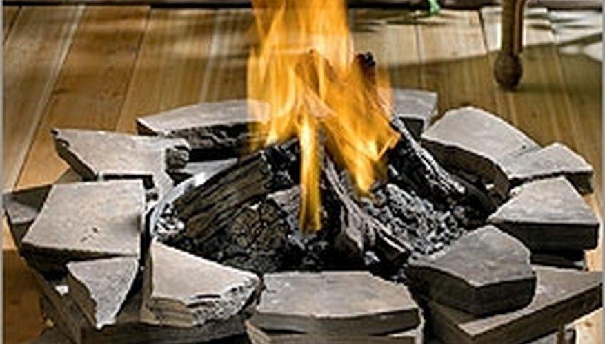 Gas fire pit at http://www.csnfireplaces.com/asp/show_detail.asp?sku=NPN1522ΠID=2364878ΠID=2365110ΠID=2365108&refid=XT39-NPN1522_2364878_2365110_2365108