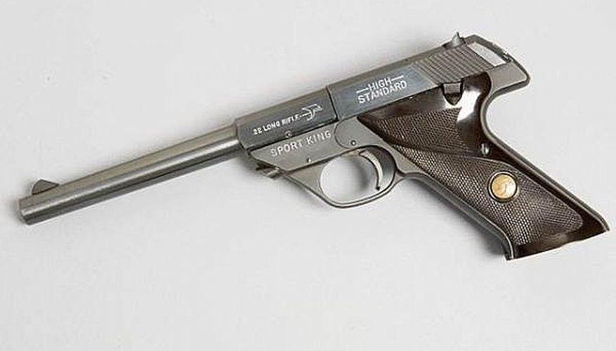 How to FIELD STRIP A HI-STANDARD SPORT KING 22 cal automatic pistol ,  high standard