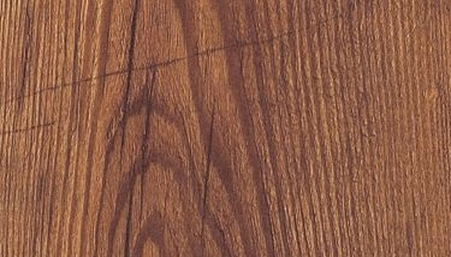 How Does Laminate Flooring Hold up to Everyday Wear?