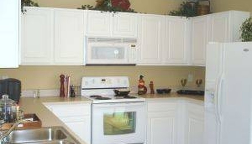 Spray Paint Kitchen Cabinets
