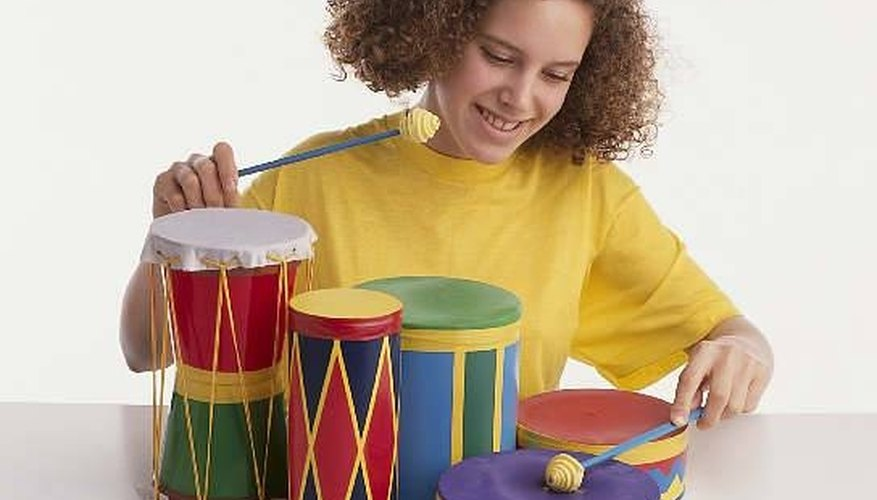 You can make your own band with household items.