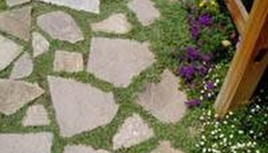 Make a Patio Floor With Recycled Concrete Slabs