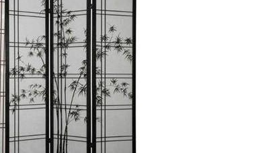 Asymmetrical three-panel screen with ink detail.