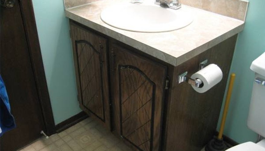 1980s-style bathroom cabinet