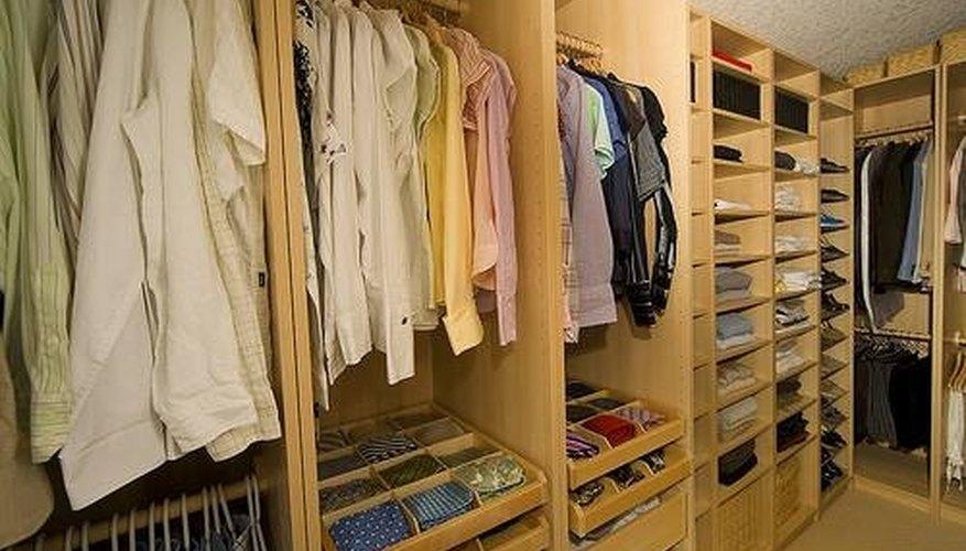 Organized closet design