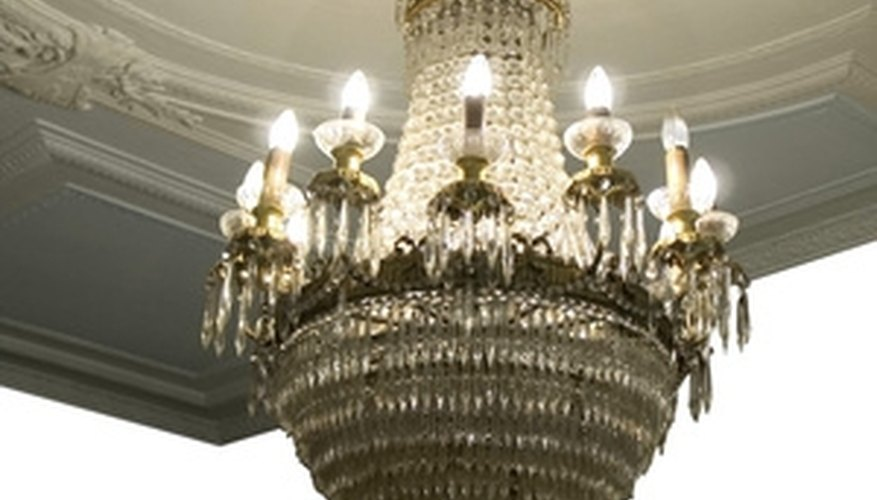 Chandeliers must be stored with care.
