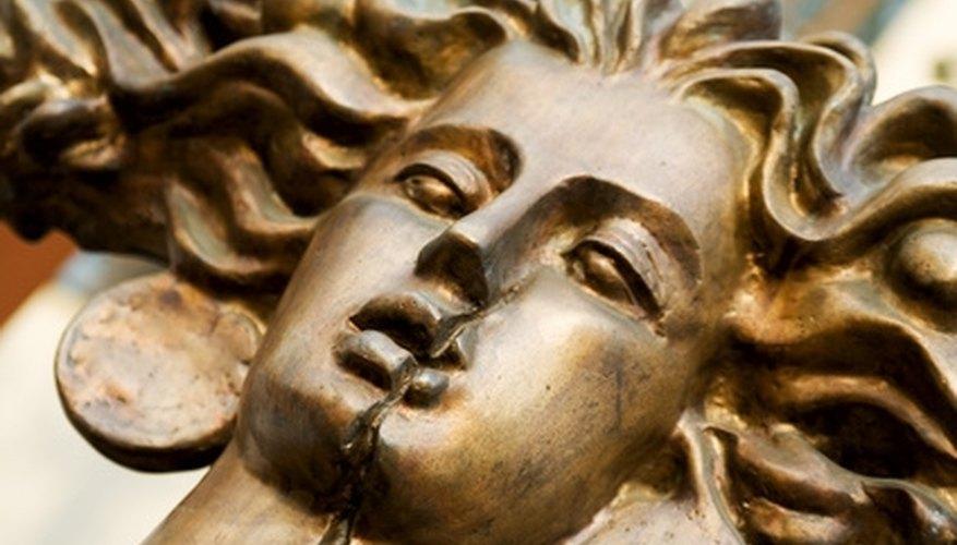 Notice the golden cast that bronze color creates.