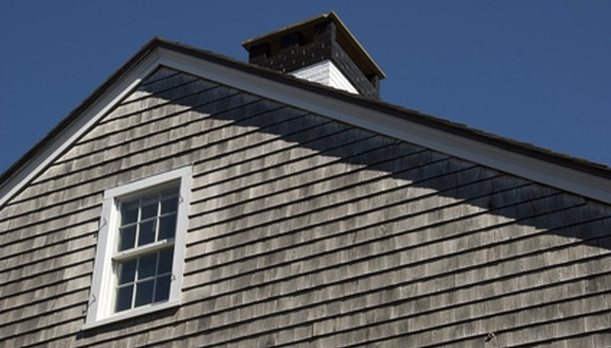 wood shakes or shingles are one of the different types of wood siding