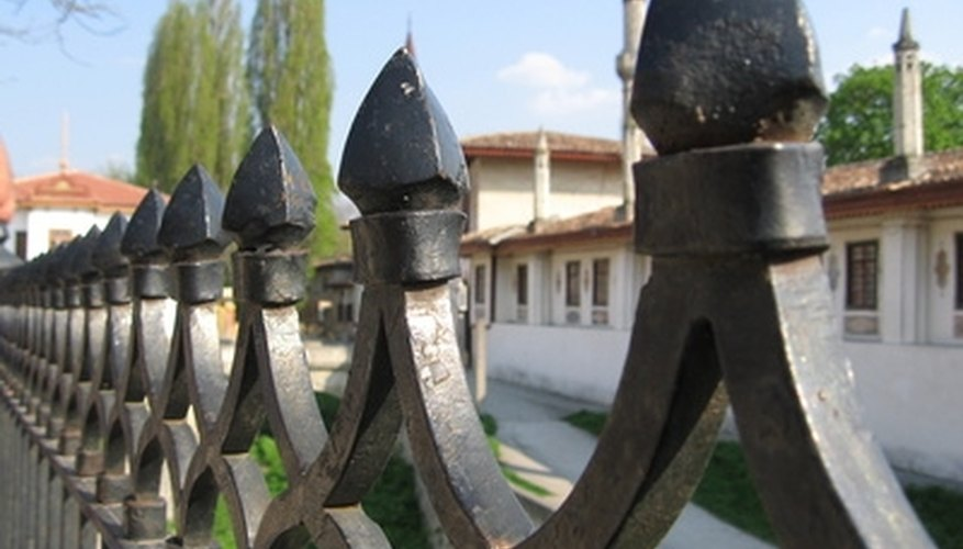Finials can be decorative as well as defensive.