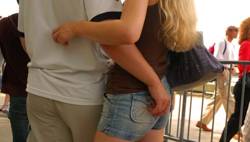 Getting close to a girl can be the most difficult step in securing a relationship.