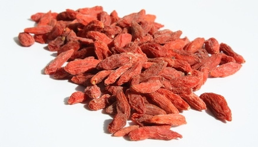 Goji berries can be eaten fresh or dried.