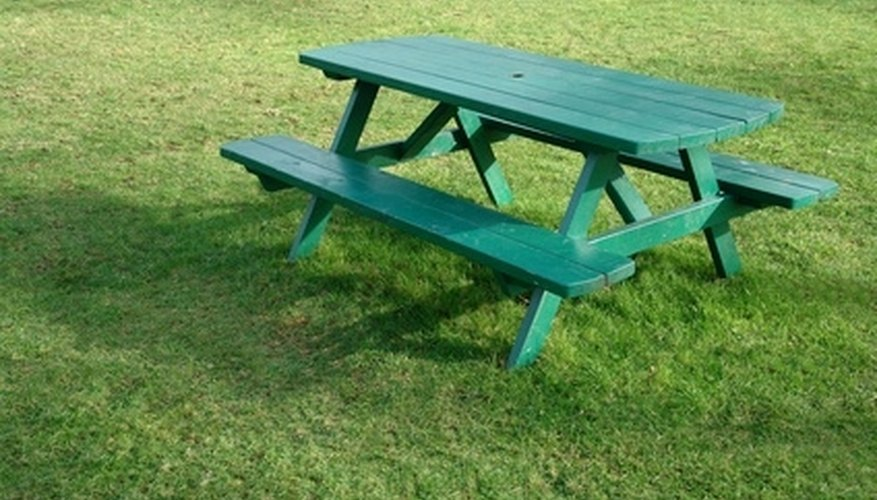 Instructions for building a picnic table are available online.