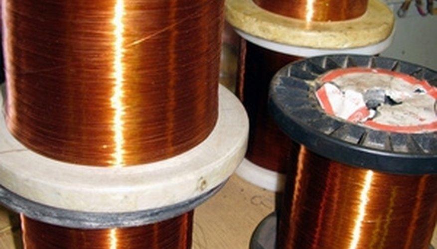 Solid, single strand conductor copper wire.