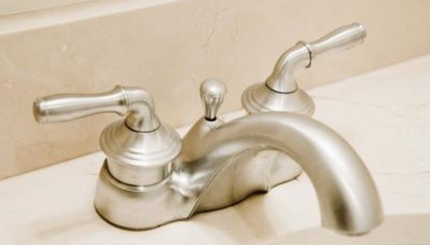 Keep hard water buildup off the faucet with vinegar.