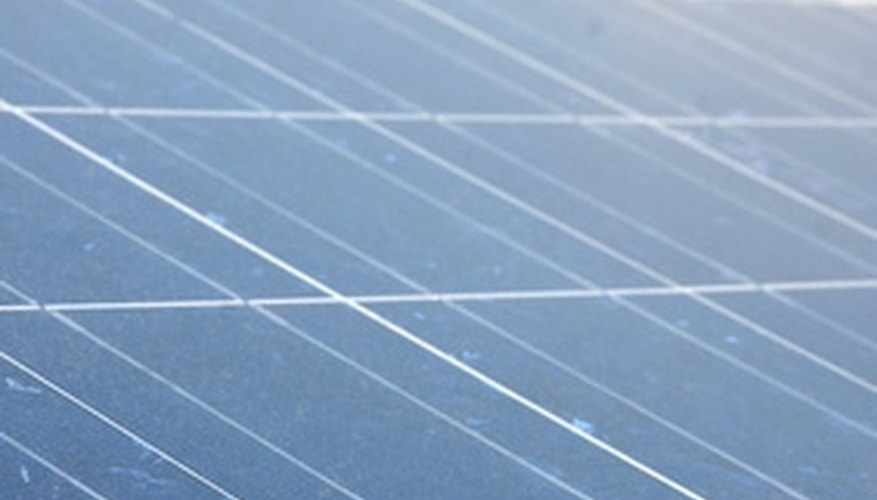 Many factors contribute to the lifespan of solar panels.