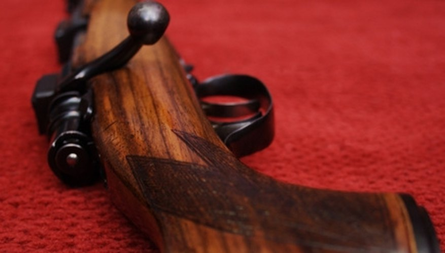 How to Refinish a Rifle Stock With Boiled Linseed Oil