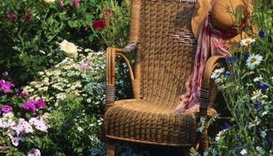 Old wicker chairs often need to be mended.