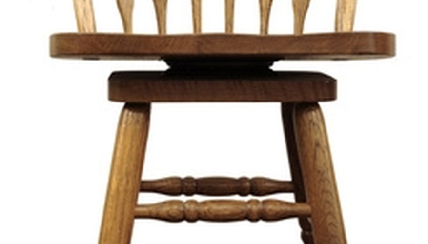 The swivel bar stool may come with a back rest, or just a seat.