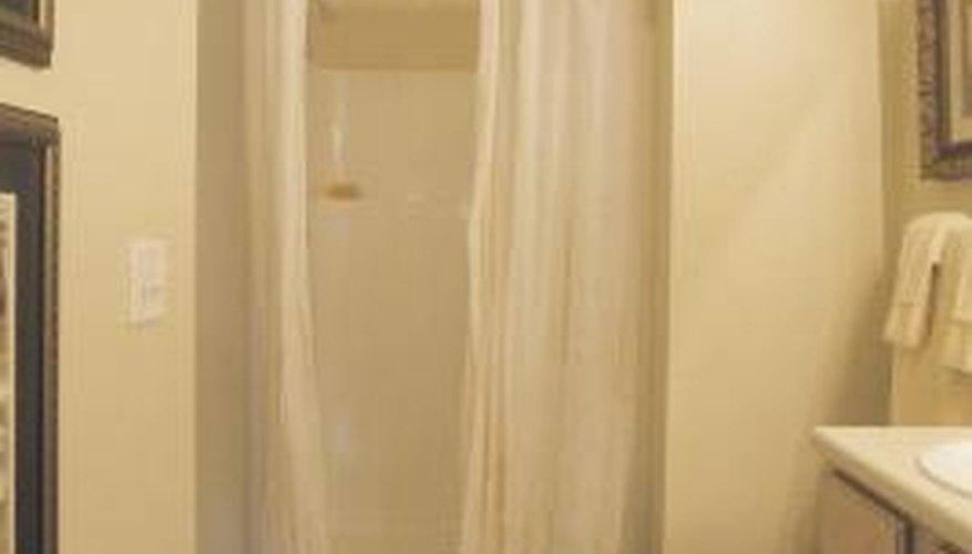 How do I Fix a Crack in a Fiberglass Shower?