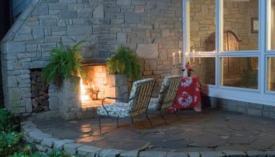 Broken pieces of slate add a rustic look to an outdoor living space.