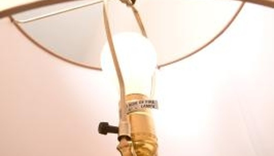 How to Tie a UL Knot for Lamp Socket Wiring Repair Wiring A Lamp Socket on